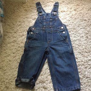 Oshkosh overalls 2t worn once